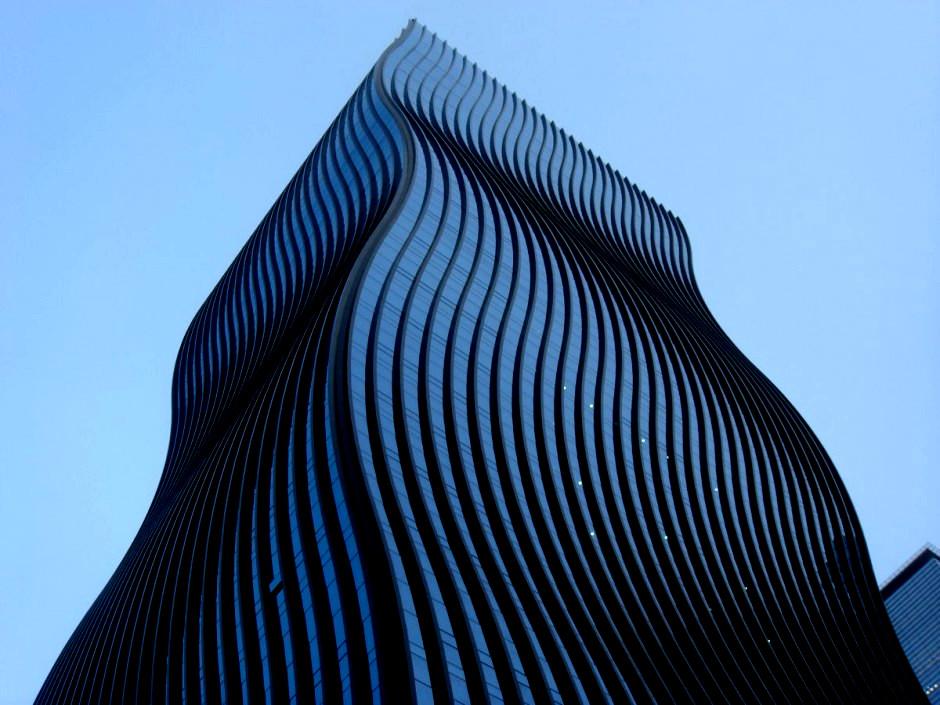 GT Tower East — небоскреб с волнистым фасадом