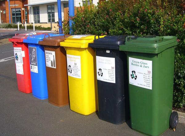 Первые в Украине центры по переработке отходов планируют построить в Киеве