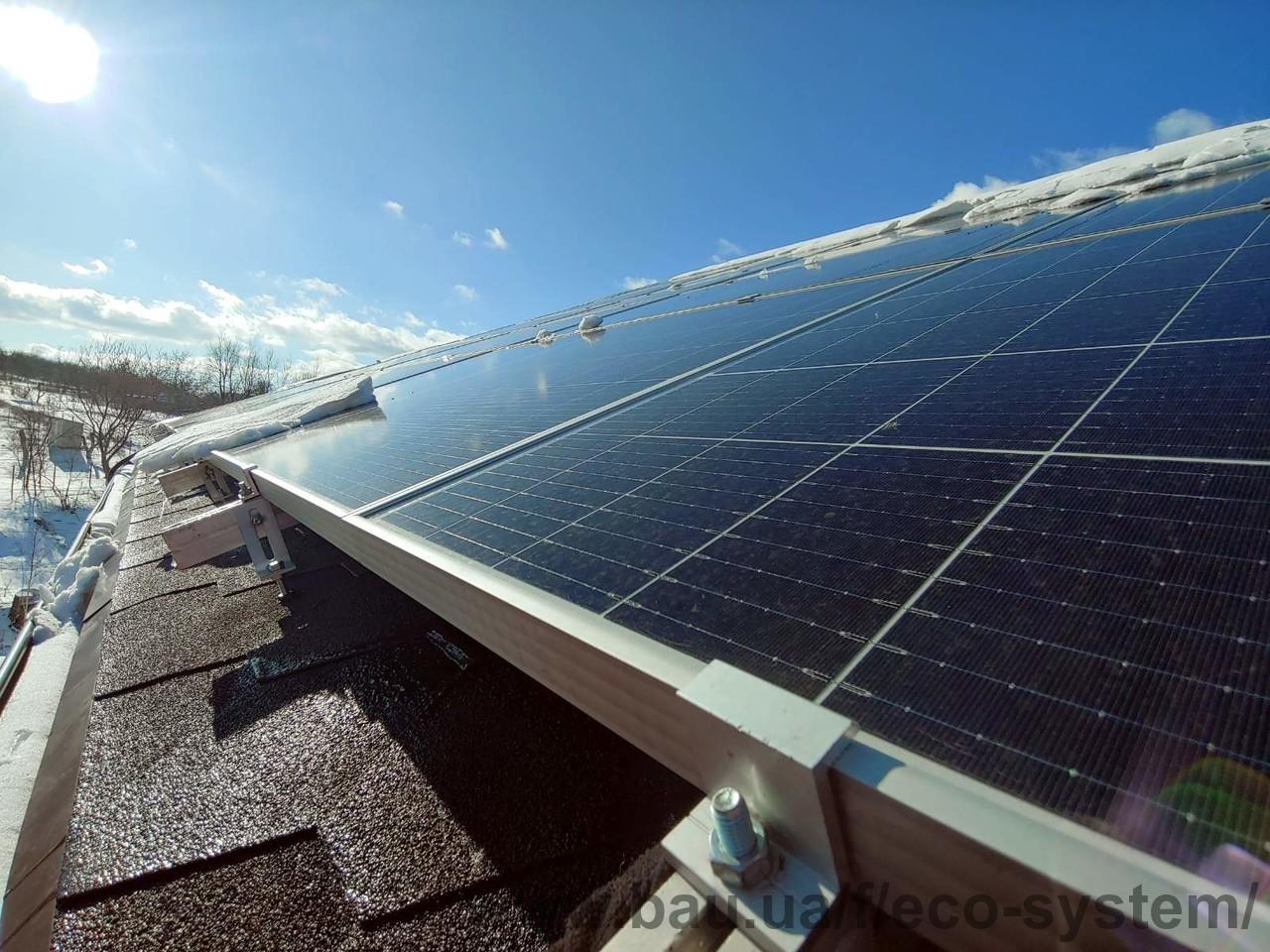 Смонтирована гибридная солнечная станция на 30 кВт в Люботине