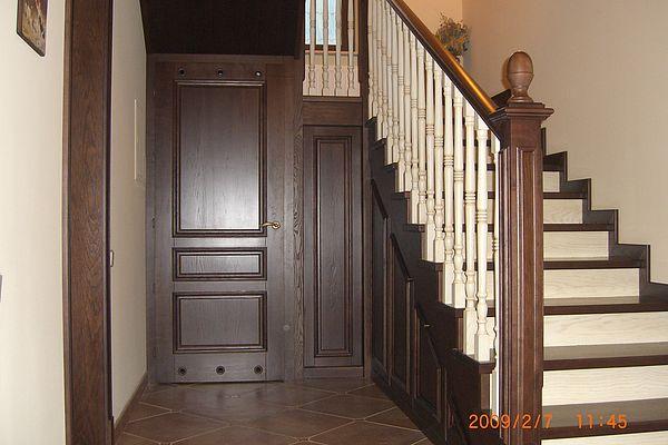 лестница железная дверь